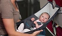 Vauva lentokoneessa