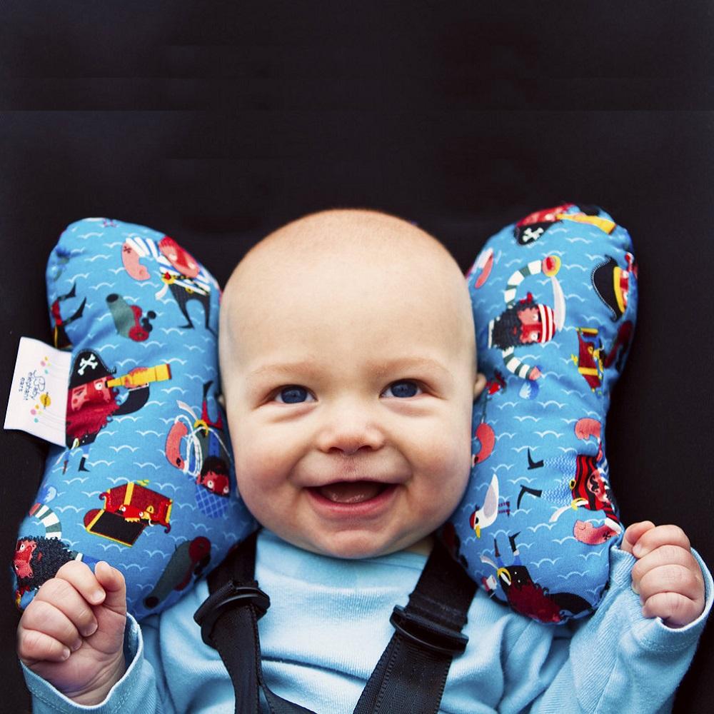 2698_baby-elephant-ears-red-bear-kat-bild