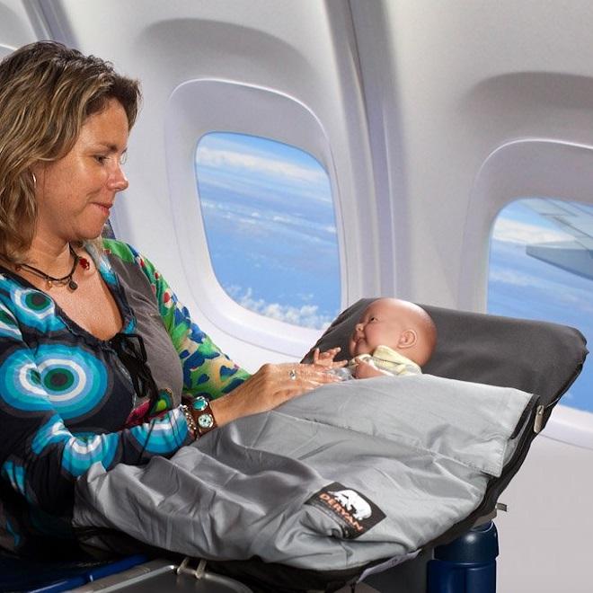 Vauvan lentopatja Deryan Airtraveller