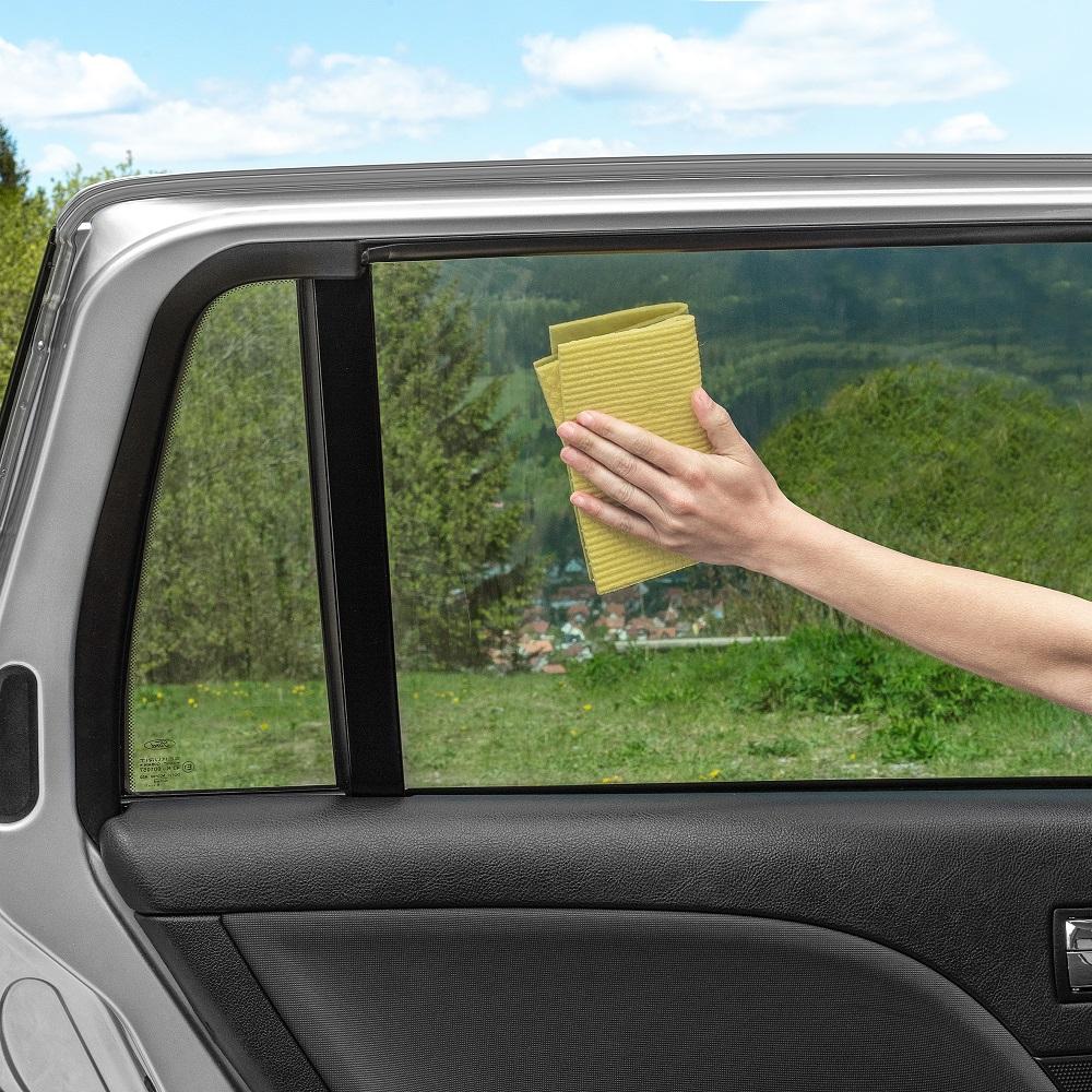 Aurinkosuoja auton ikkunaan Reer musta